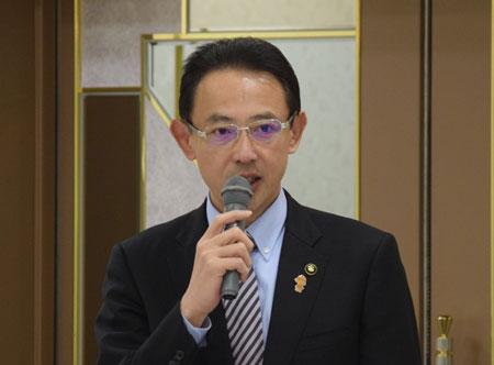 女性活躍には国や広域での取り組が大事と語る濱田高槻市長