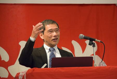 成熟社会での経済活動について説明する 大阪大学社会経済研究所 小野特任教授