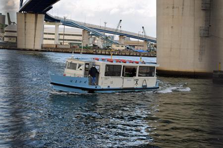 大阪市内には渡船が8か所あり、大正区でも市民に欠かせない交通機関となっている
